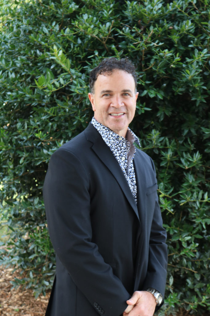Dr. Bob Montes | Living Science Academy Faculty | Our Staff | Living Science Academy